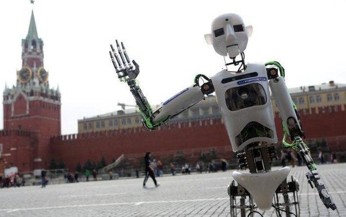 Роботы поздравят женщин с 8 марта на ВДНХ в Москве