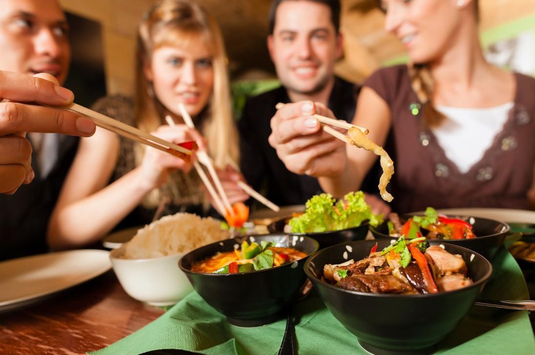 Как не ошибиться в сервисе доставки еды: руководство по выбору