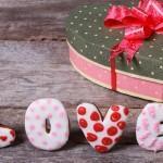 Как выбрать незабываемый подарок девушке на 14 февраля