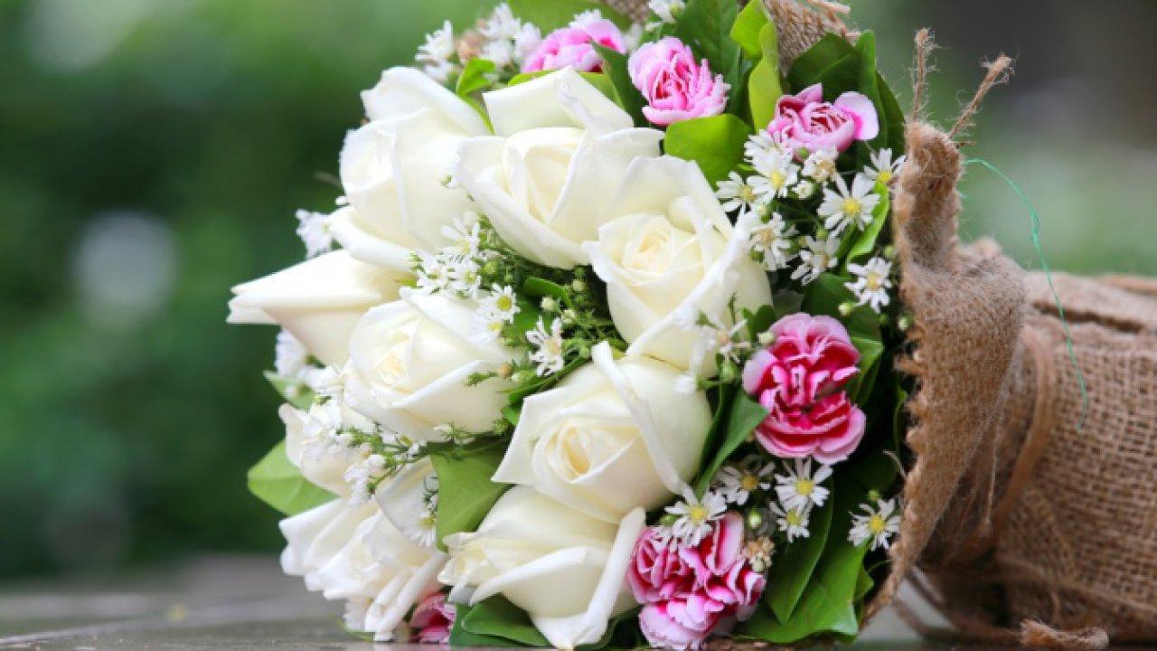 Дарим цветы на день рождения: выбираем