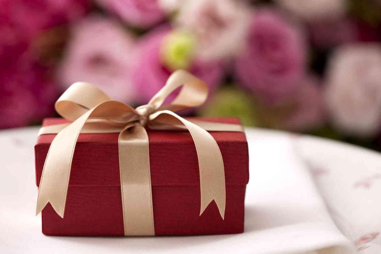 Подарок семейной паре