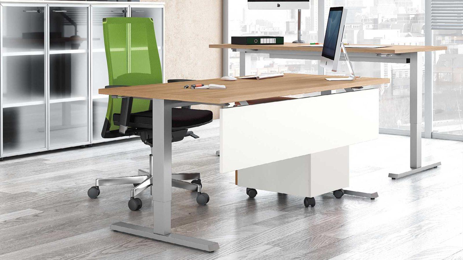 Офисные и письменные столы – на что обратить внимание при выборе?
