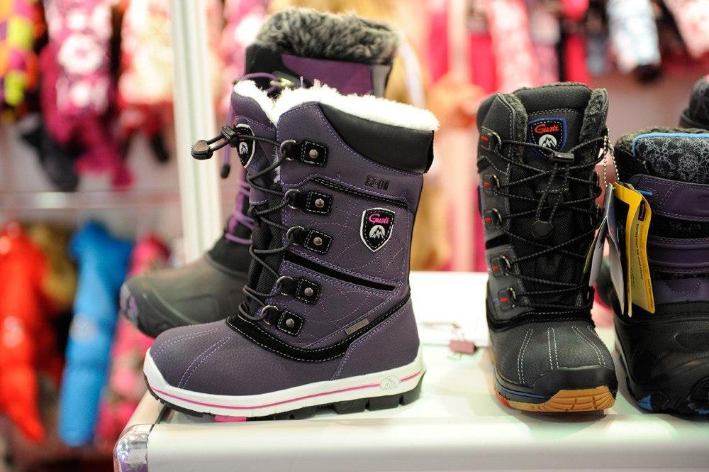 Как выбрать размер детской обуви при покупке в интернет магазине?