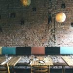 Музыкальное оформление: особенности фоновой музыки для кафе