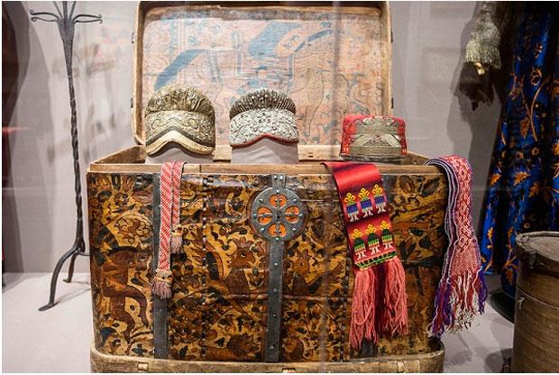 ?Выставка «Чары Русского Севера» в музее-заповеднике «Коломенское» - слайд 1