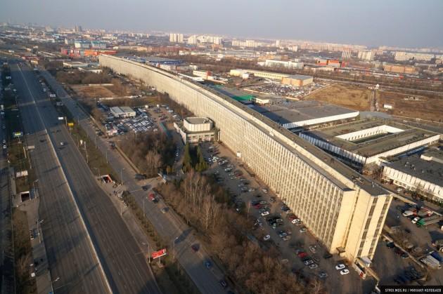 «Лежачий небоскреб» на Варшавке: Самый длинный дом в Москве