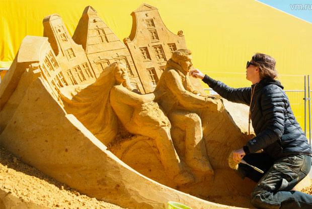 ??«Волшебный мир песка» в музее-заповеднике «Коломенское» - слайд 1