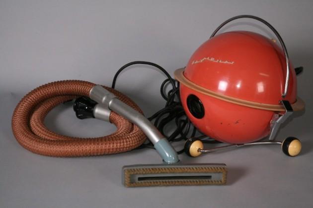 Выставка «Советский дизайн бытовых электроприборов» в галерее «Загорье»