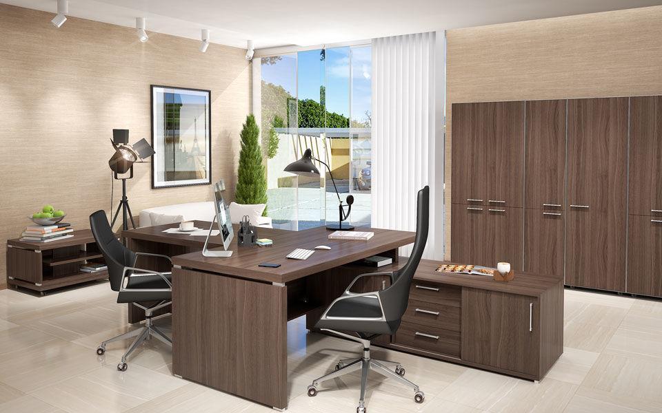 Удобная мебель для руководителя компании