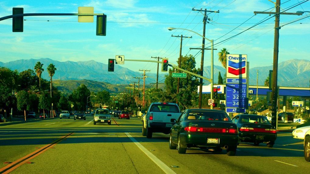 Как взять в аренду авто в США: правила, страховка, штрафы