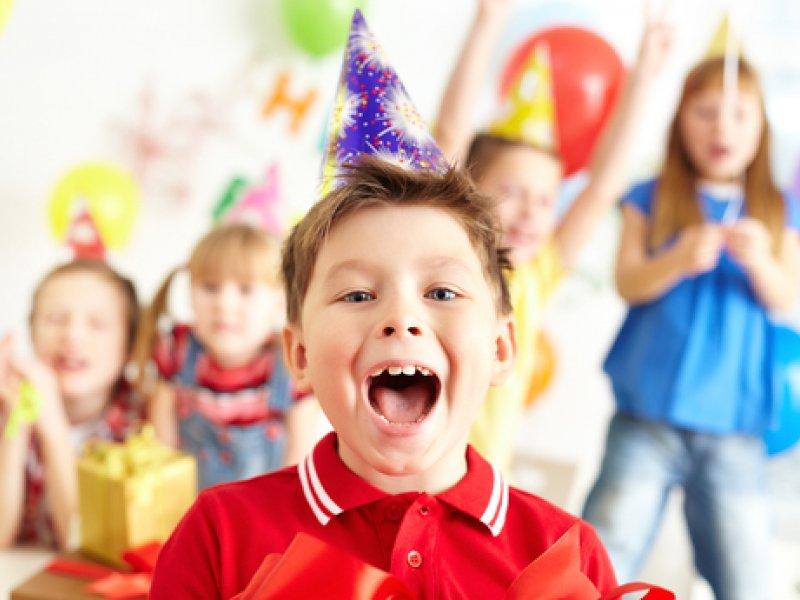 День рождения ребёнка: как отметить интересно и экономно