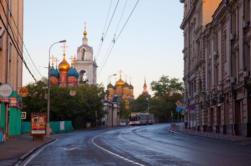 10 пешеходных улиц Москвы где можно погулять