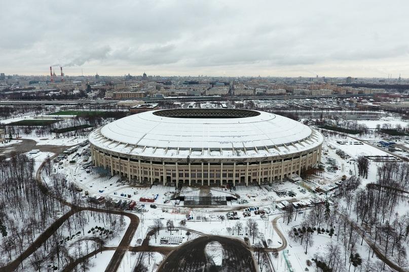 «Олимпийский» закрылся на ремонт