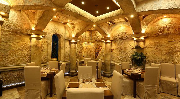 Ресторан Noyan Tun / Ноян Тун