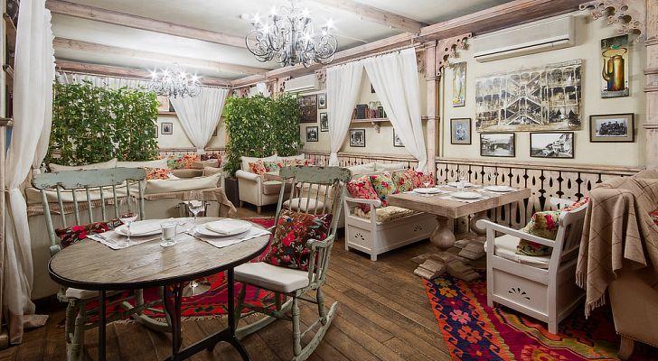 Ресторан Tiflis / Тифлисский дворик